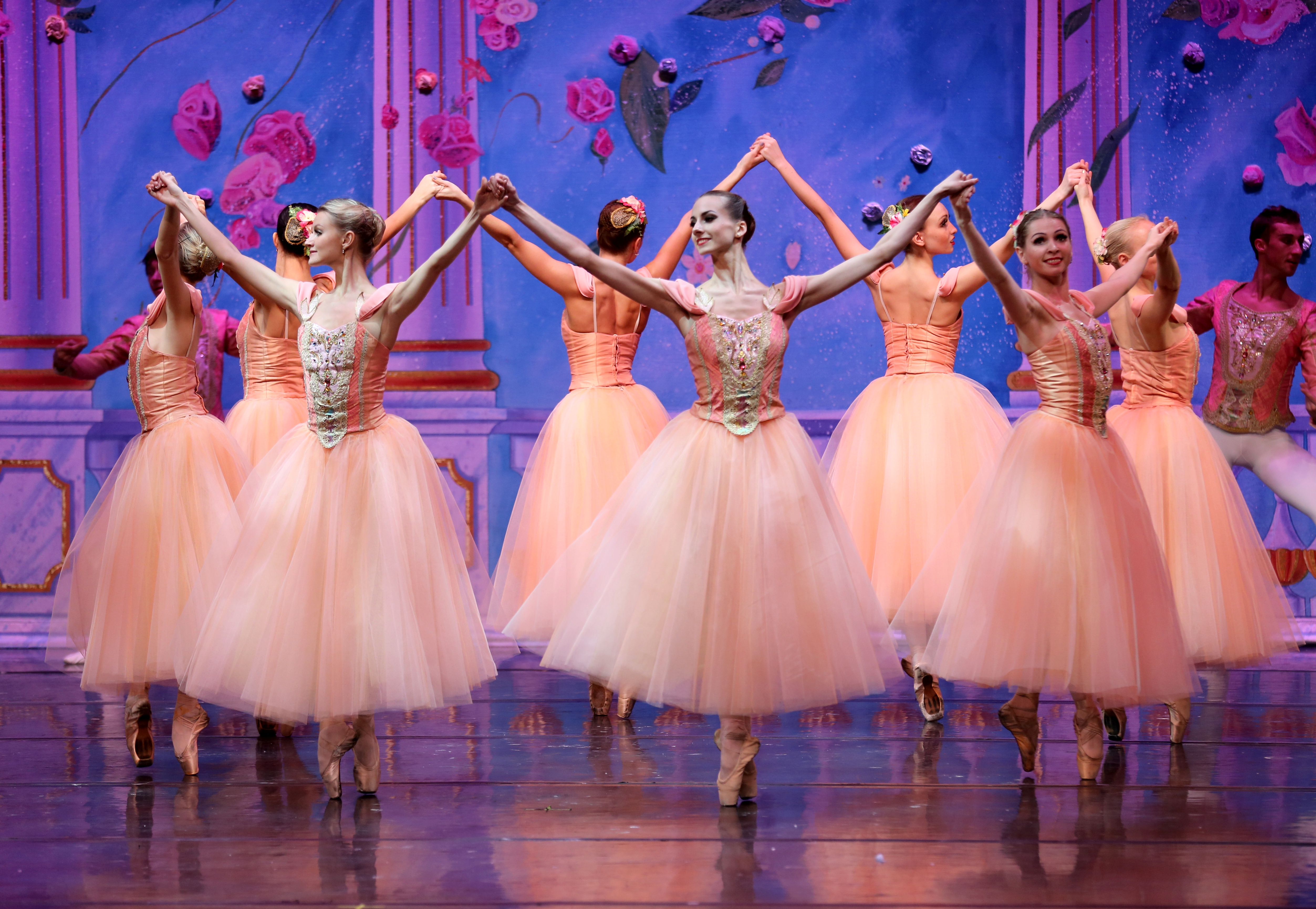 Stage Moscow Ballet s Great Russian Nutcracker THE HE SAID SHE SAID