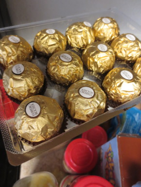Christmas morning prep with Ferrero Rocher!